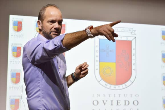 Visita de Luis García